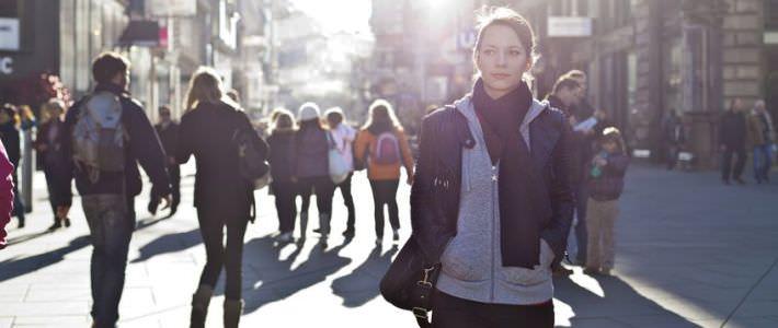 חרדה חברתית: סיפורה של קרן