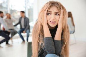 טיפול תרופתי בחרדה חברתית
